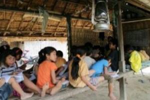 Komunitas ONOFFLombok Peduli Sekolah Filial Pelosok