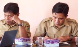Kepala Puskemas Senaru Subardi bersama Kabid Promkes PL Dikel KLU