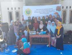 Keren, Mahasiswa KKN Universitas Mataram Ajari Masyarakat Buat Cookies