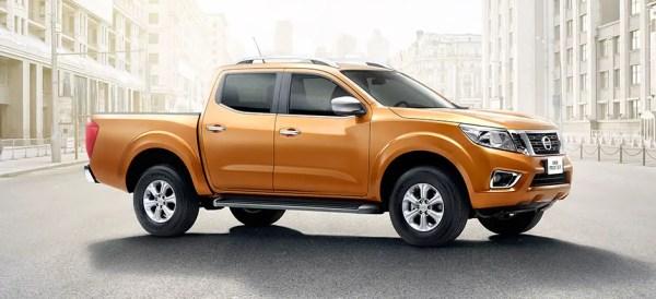Nissan NP300 Frontier (1)