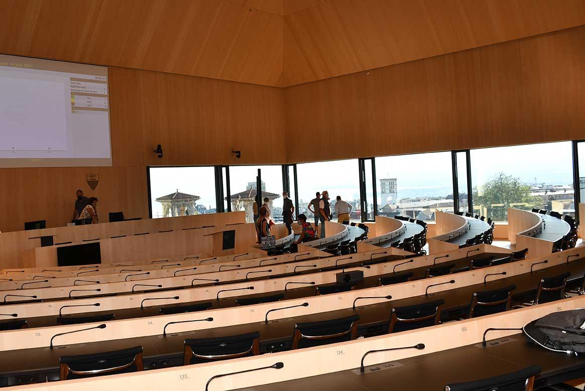 Visite du Parlement: le nouveau bâtiment se visite
