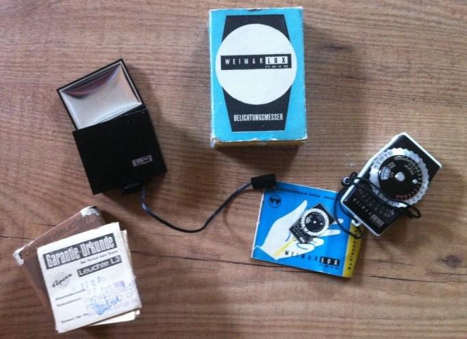 Fotoblitzleuchte und Belichtungsmesser die weit älter sind als ich!