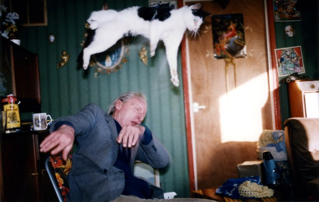 Portrait of father and cat by Richard Billingham