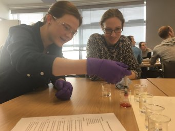 Cohort 3 learn about environmental pollution at Brunel. Image by Carmen Martin Ramos.