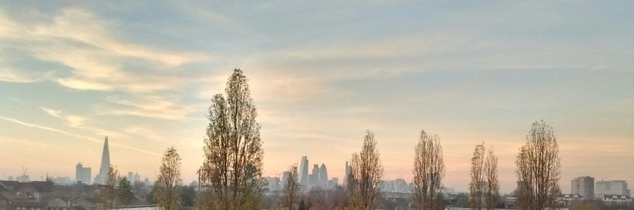 Sunset view over london from Stave Hill Ecological Park in Rotherhithe. Image by Dan Nicholson.