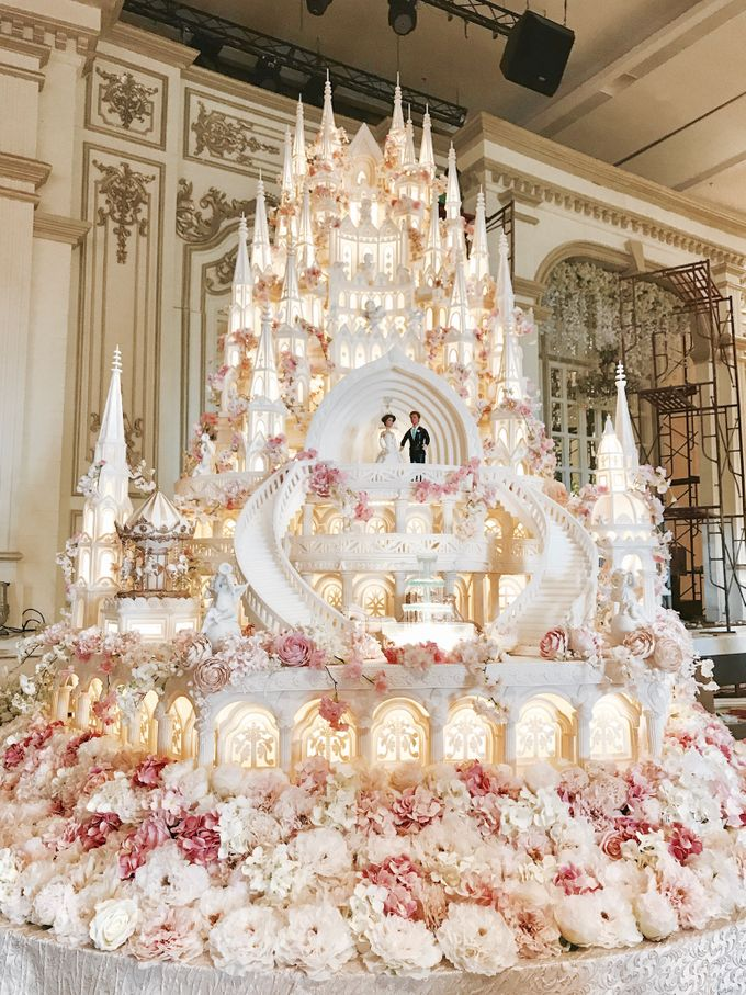 Masterpiece And Signature Wedding Cakes By Lenovelle Cake