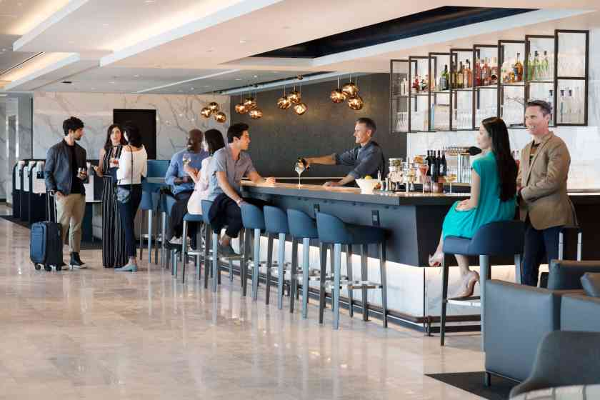 Bar at United Polaris lounge at San Francisco International Airport (Image Credit: United Airlines)