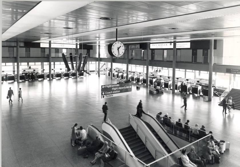 London Gatwick Check In Area 1958