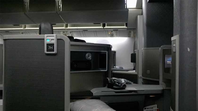 American Airlines Boeing 777-200 Business Class Cabin