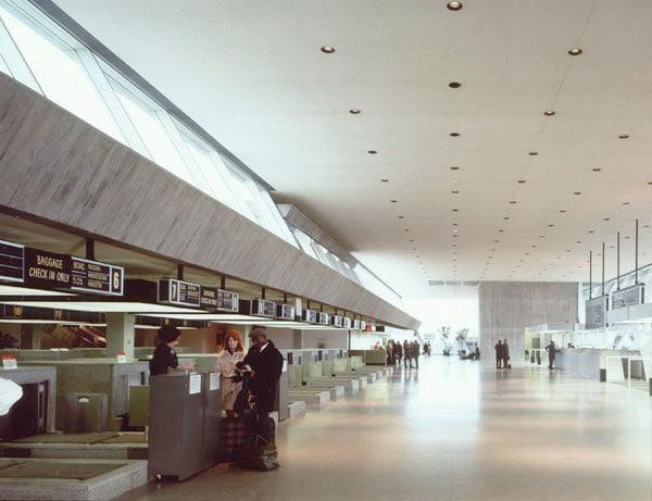 New York JFK Terminal 7