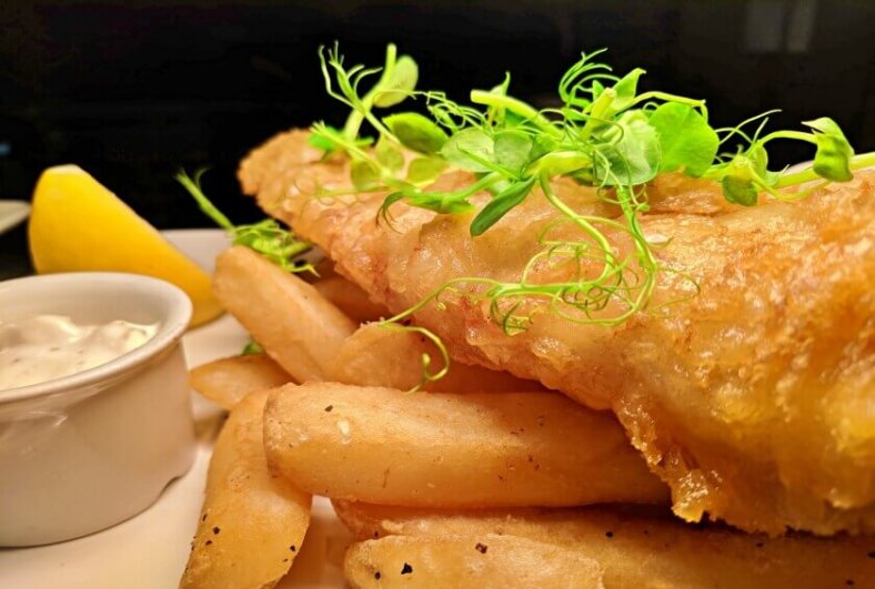 What is London Most Well Known for Food? London is Famous for Fish and Chips