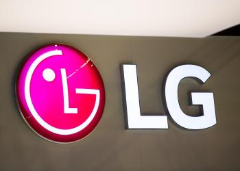 LG engaged in development of two foldable devices that may overtake Samsung