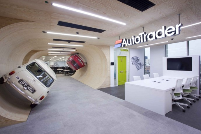6 Ways to ensure a great business meeting - Image of AutoTrader Office in London - Image Via OfficeSnapShots.com