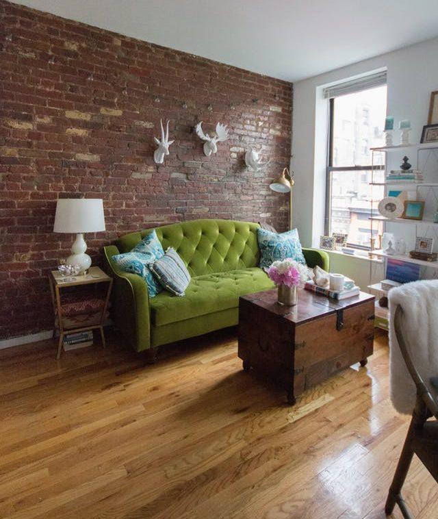 2017 Embraced Pantone Greenery - Amanda's California-Inspired New York Apartment - Image From ApartmentTherapy.com - Image By Anita Jeerage