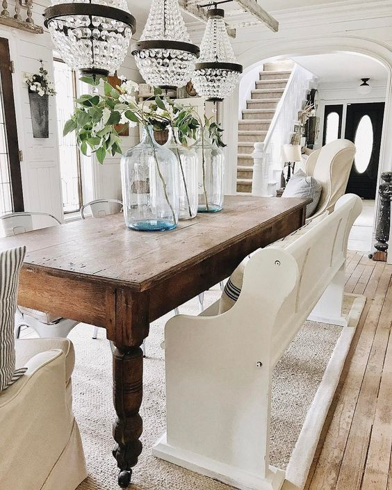 How To Seamlessly Integrate Antiques Into Your Modern Interior - Image From lizmarieblog.com