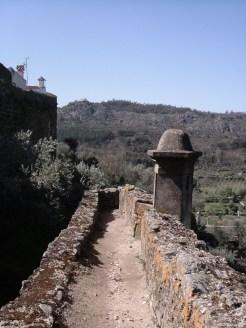 The sentry path along the walls, Castelo de Vide