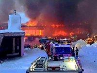 Unul dintre cele mai mari muzee de motociclete din lume a fost distrus de flăcări