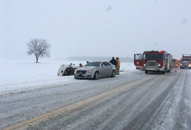 Heavy snow bursts during commute