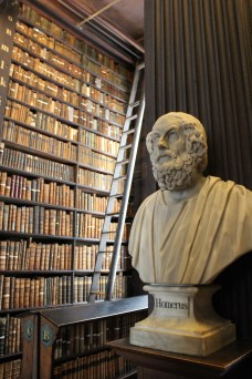 There were busts of many famous thinkers linking the entire library hall