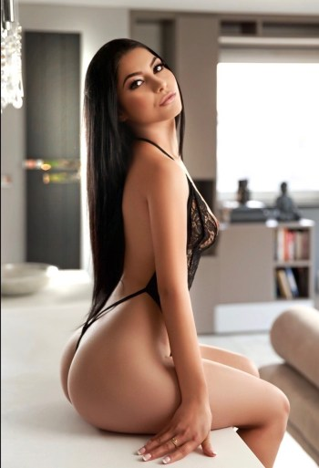 Amora very sexy Marylebone Escort in London
