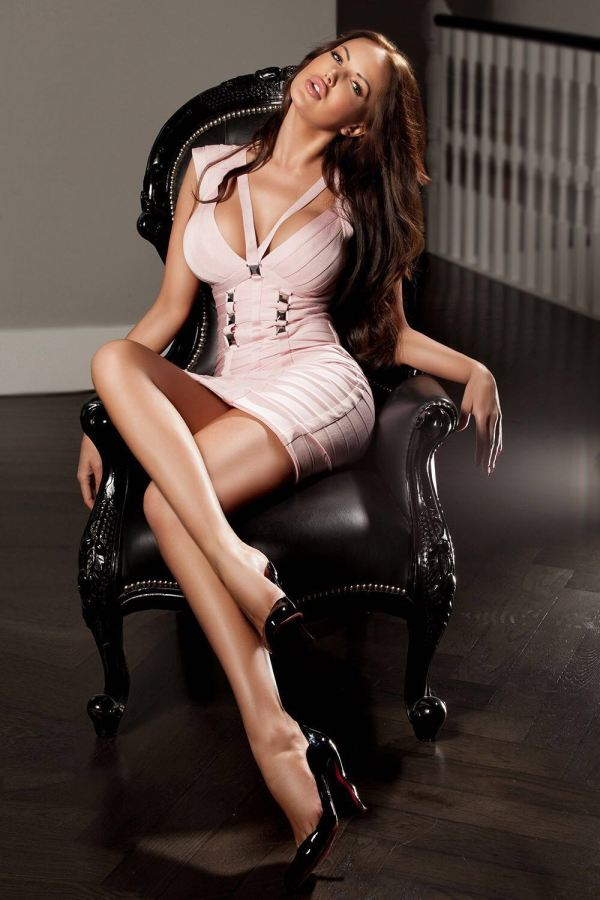 Angelina 34DD Kensington Escort in London