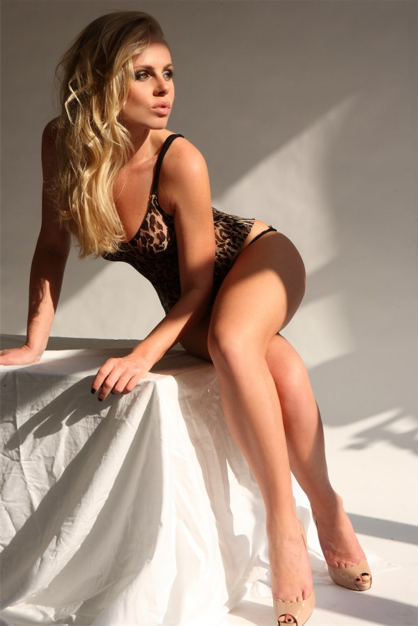Kirsty Blonde Slim and slender Model and Gloucester Road Escort