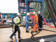 micro earthquake halts fracking