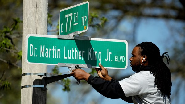 Martin Luther King Jr Blvd name changed due to a vote in Kansas City