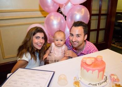 babys-first-birthday-party-checklist-18