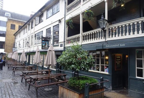 The George Inn in Southwark, by Mike Paterson of London Historians