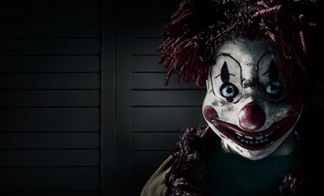 Clown from Poltergeist 2015