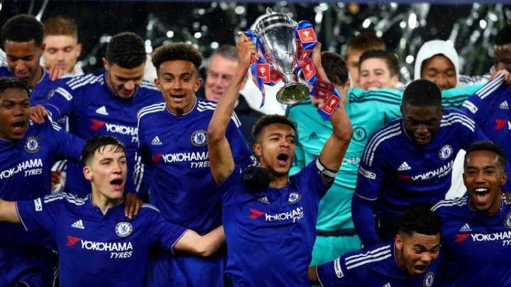 chelsea-fa-youth-cup-jake-clarke-salter_3456515.jpg