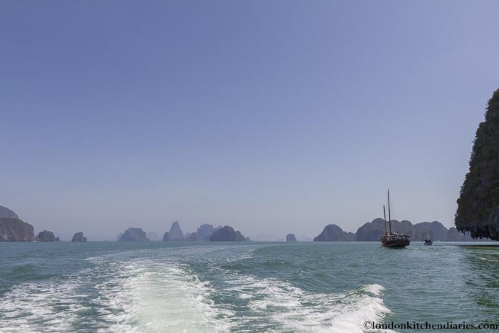 Boat tour Thailand