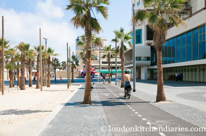 bicycle paths in Tel Aviv Israel