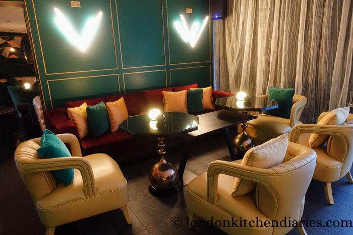 W Doha Hotel & Residences Qatar Wahm Lounge