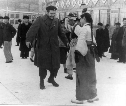 Che Guevara visiting North Korea in Dec 1960
