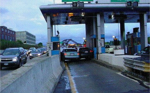 Korean drivers at NY E-Z Pass kiosk (1)