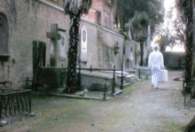 Roaming Venice 2 - still from Lee Hyungkoo video