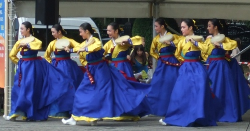 The drum dance at the 2009 festival