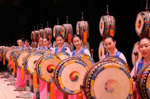 Little Angels drum dance