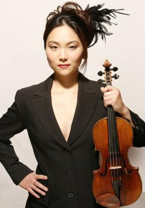 Min-Jin Kym and her Stradivarius