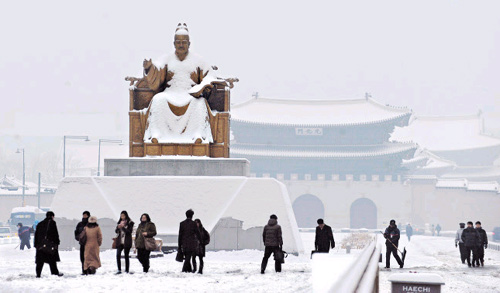 King Sejong in snow - Chosun Ilbo