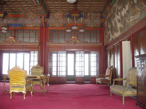 Inside the Huijeongdang today