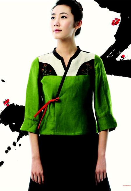 Hanbok design from http://www.dolsilnai.co.kr