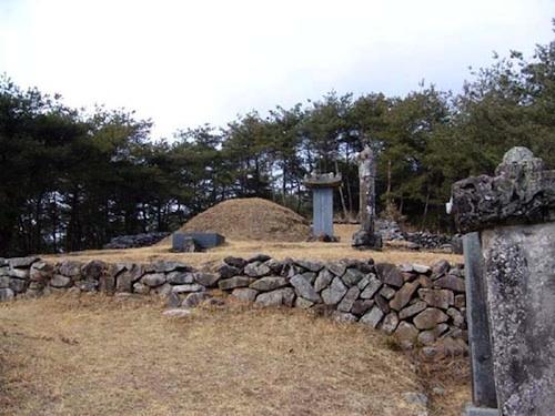 Nammyeong's Tomb