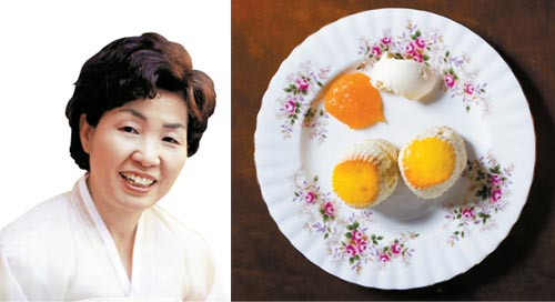 Han Bok-ryeo, head of the Institute of Korean Royal Cuisine, like English scones at Books Cooks, Bukcheon, Seoul