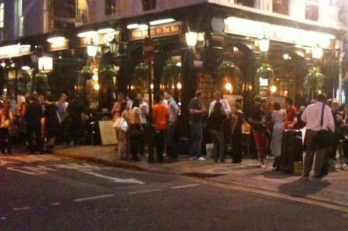 A pub near the British Museum on a warm September evening