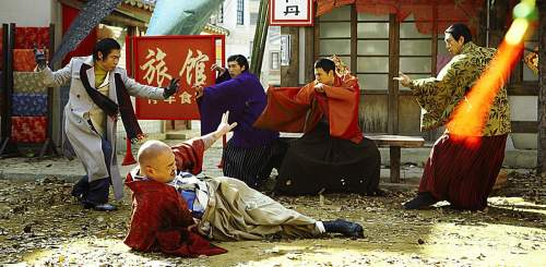 Lee takes on some bad guys using a variety of martial arts styles
