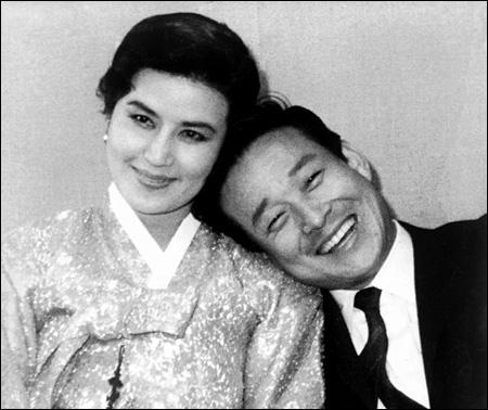 Prisoners: Shin Sang-ok with his wife, Choi Eun-hee