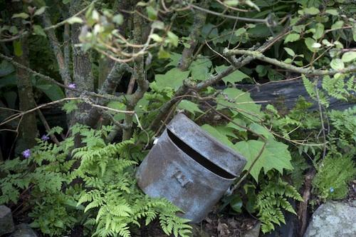 A rusty mess-tin